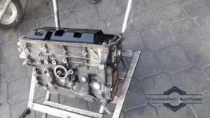 Bloc motor 2.0b cu vibrochen si pistoane Kia